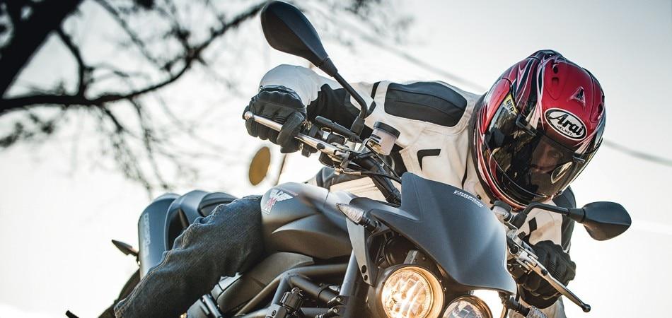 moto morini corsaro 1200 veloce dueruote. Black Bedroom Furniture Sets. Home Design Ideas