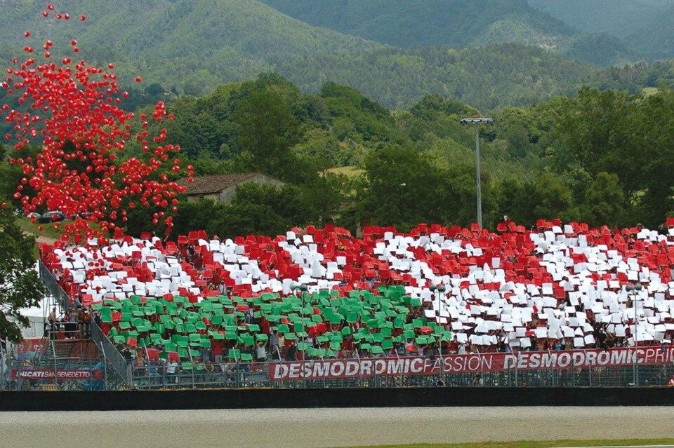 "Tribune Ducati: per seguire le Rosse in ""pole position""!"
