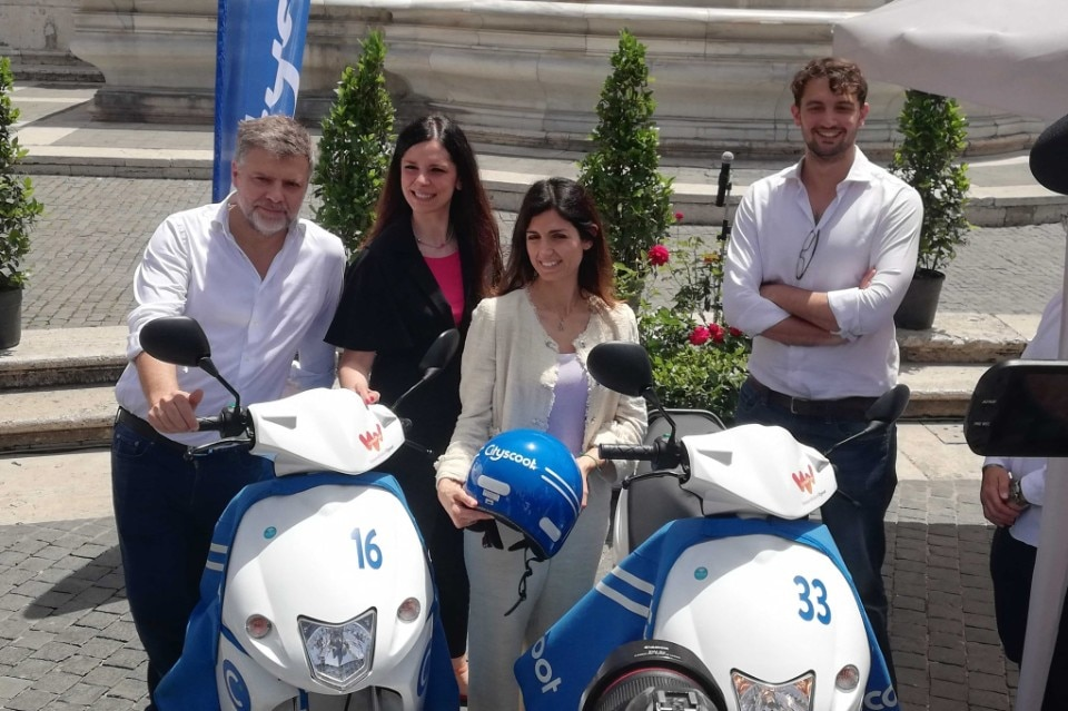 Scooter sharing: Cityscoot parte a Roma