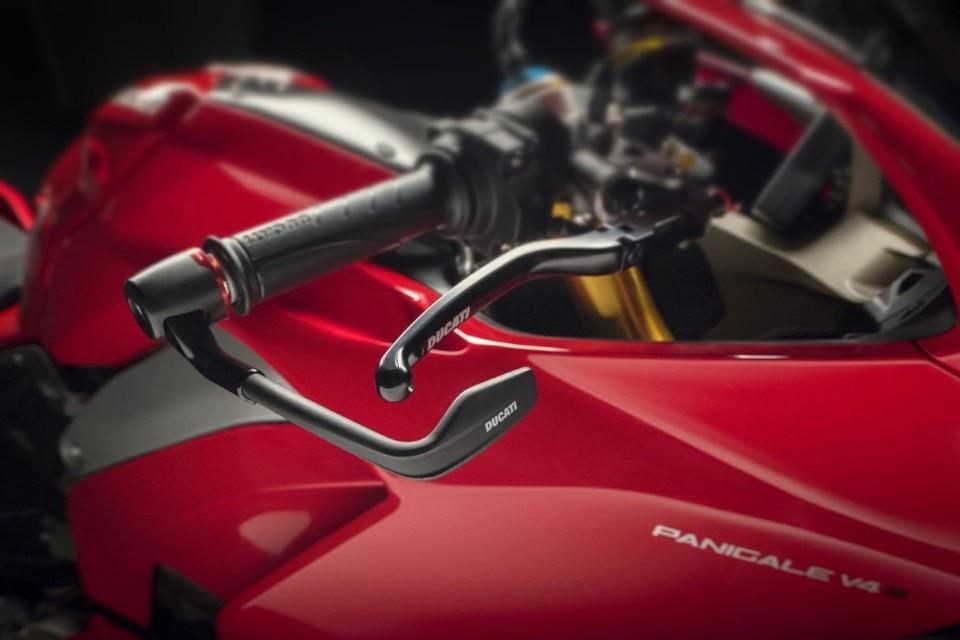 Ducati Panigale V4: gli accessori by Rizoma