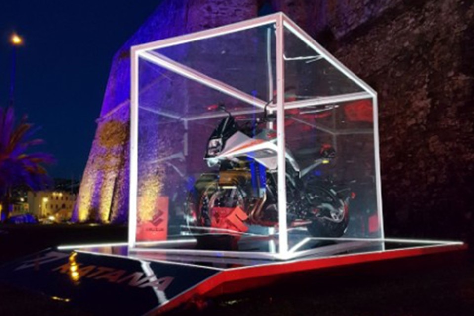 Una Suzuki Katana a Sanremo