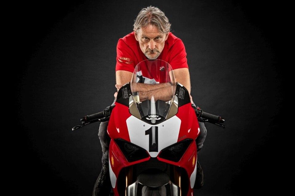 Ducati celebra i 25 anni della 916 con una Panigale V4 in serie limitata