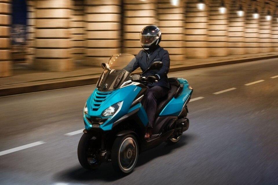 Peugeot Metropolis: il ruggito del leone