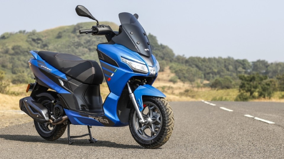 "Aprilia SXR 160 ""Scooter Of The Year 2021"" in India"