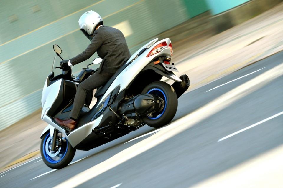 Suzuki Burgman 400: al via la Première!